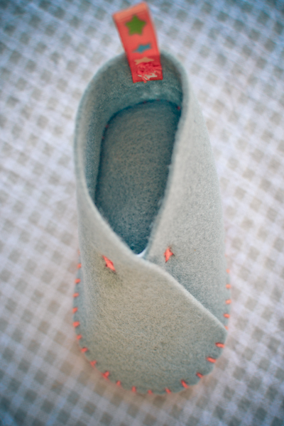 loving felt booties #thingsdeeloves-7